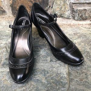 Rockport oxford Mary Janes heel leather EUC